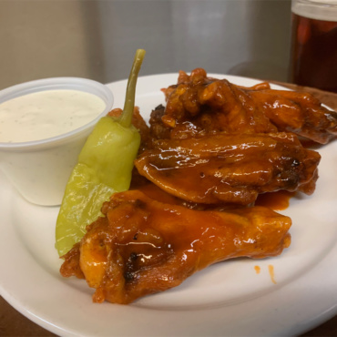 Hot Buffalo Wings (8)
